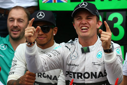 F1: Race winner Nico Rosberg, Mercedes AMG F1 W05 and 3rd place Lewis Hamilton, Mercedes AMG F1 W05