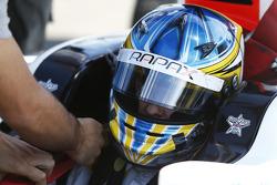 GP2: Adrian Quaife-Hobbs