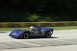 #61 1967 McLaren M6A: Brian Blain