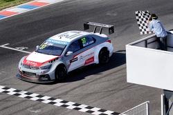 Jose Maria Lopez, Citroën C-Elysee WTCC, Citroën Total WTCC takes the win