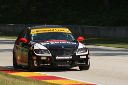 #82 BimmerWorld Racing BMW 328i: Daniel Rogers, Seth Thomas