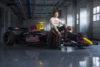 Max Verstappen confirmed to drive for Toro Rosso in 2015