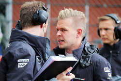 Kevin Magnussen, McLaren on the grid