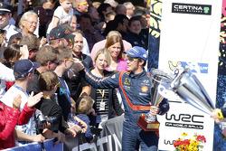 Winner Thierry Neuville