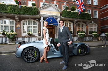 Maria Sharapova and Mark Webber at Wimbledon