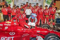 Race winner Tony Kanaan, Target Chip Ganassi Racing Chevrolet