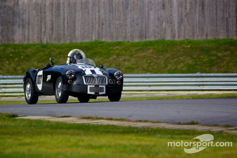 http://cdn-6.motorsport.com/static/img/mgl/1700000/1750000/1759000/1759300/1759306/s8/vintage-historic-festival-32-2014-1959-mga.jpg