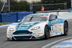 British GT: Donington