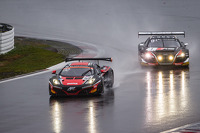 #99 ART Grand Prix McLaren MP4-12C: Andy Soucek, Kevin Korjus, Kevin Estre leads #1 Belgian Audi Club Team WRT Audi R8 LMS Ultra: Cesar Ramos, Laurens Vanthoor, Christopher Mies