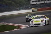 #22 Nissan GT Academy Team RJN Nissan 370Z: Ahmed Binkhannen, #88 Newbridge Motorsport Porsche Boxster: Chris Valentine
