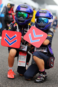 Young Red Bull Racing fans
