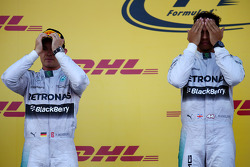 Nico Rosberg, Mercedes AMG F1 W05 and Lewis Hamilton, Mercedes AMG F1