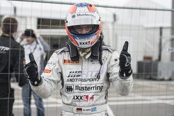 Maximilian Götz celebrates his championship