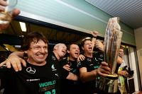 Mercedes AMG F1 celebrate the World Championship success for Lewis Hamilton, Mercedes AMG F1