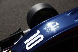 Champion sticker on car of Alex Lynn, Carlin