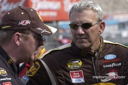 Dale Jarrett with crew chief Mike Ford