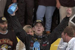 2004 champion Kurt Busch accepts the NEXTEL Cup