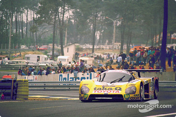 #37 Toyota Team Tom's Toyota 88C: Tiff Needell, Paolo Barilla, Hitoshi Ogawa