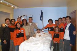 Isidre Esteve Pujol and Marc Coma visit Jordi Duran at the hospital in Barcelona