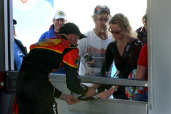 Kerry Earnhardt signs autographs for fans