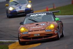 #71 Farnbacher Racing USA Porsche GT3 Cup: Wolf Henzler, Dominik Farnbacher, Shawn Price, Pierre Ehret