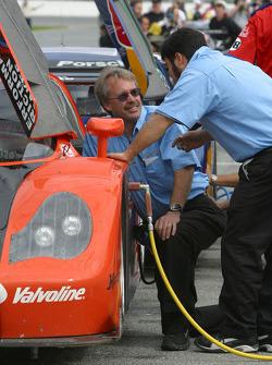 Brumos Racing crew members