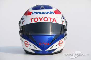 Photoshoot: helmet of Olivier Panis