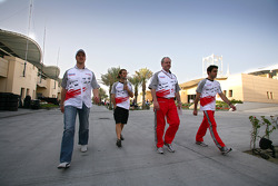 Ralf Schumacher, Jarno Trulli, Richard Cregan and Ricardo Zonta