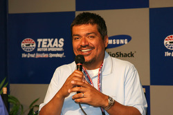 Co-Grand Marshall George Lopez