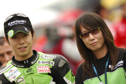 Shinya Nakano on the starting grid