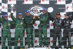 Darren Turner, David Brabham, Pedro Lamy, Peter Kox, Fabio Babini and Thomas Biagi on the podium