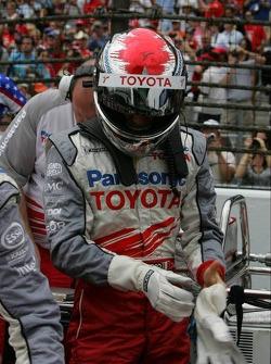 Jarno Trulli on the starting grid