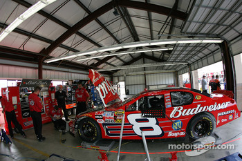 Bud Chevy garage area