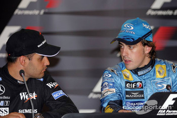 Press conference: race winner Fernando Alonso with Juan Pablo Montoya