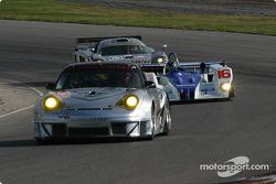 #45 Flying Lizard Motorsports Porsche 911 GT3 RSR: Johannes van Overbeek , Jon Fogarty