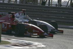Ernesto Viso and Nico Rosberg battle