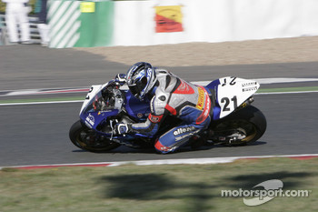 21-M.Nickmans-Yamaha YZF R1-Zone Rouge