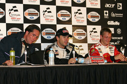 Post-qualifying press conference: pole winner Oriol Servia with Sébastien Bourdais and Mario Dominguez