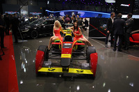Stand Girls on the ABT Formula E car