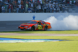 Burn out for Kevin Harvick