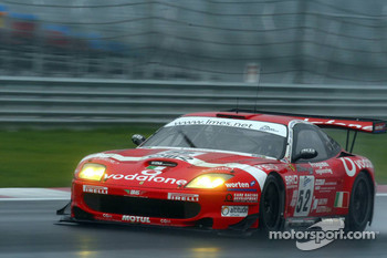 #52 BMS Scuderia Italia Ferrari 550 Maranello: Matteo Cressoni, Fabio Babini, Miguel Ramos
