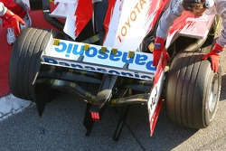 Rear wing of the new Toyota TF106