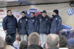 Volkswagen Motorsport departure in Wolfsburg: Bruno Saby, Michel Périn, Jutta Kleinschmidt and Fabrizia Pons