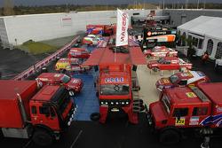 Team Nissan Dessoude presentation: overview of Team Nissan Dessoude vehicles for the Dakar 2006