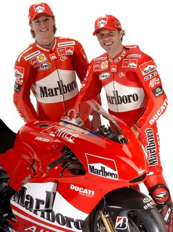 Sete Gibernau and Loris Capirossi with the new Ducati Desmosedici GP6