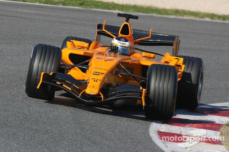 Pedro de la Rosa testet den neuen McLaren MP4-21