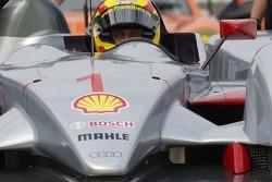 Frank Biela waits in the Audi R10