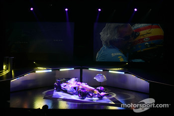 The new Renault R26 is presented