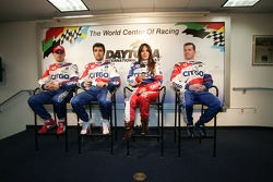 CITGO Racing press conference: Marino Franchitti, Dario Franchitti, Milka Duno and Kevin McGarrity