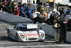 Pitstop for #23 Alex Job Racing/ Emory Motorsports Porsche Crawford: Mike Rockenfeller, Patrick Long, Lucas Luhr
